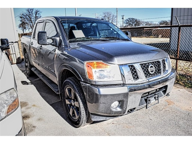 Pre Owned 2015 Nissan Titan Sv 4d Crew Cab In Snyder R79739a